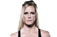 HollyHolm_Headshot