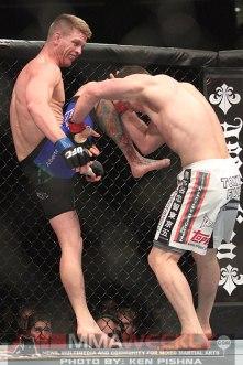 Pyle-Almeida-UFC128-1