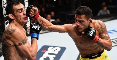 Rafael-dos-Anjos-Tony-Ferguson-punched